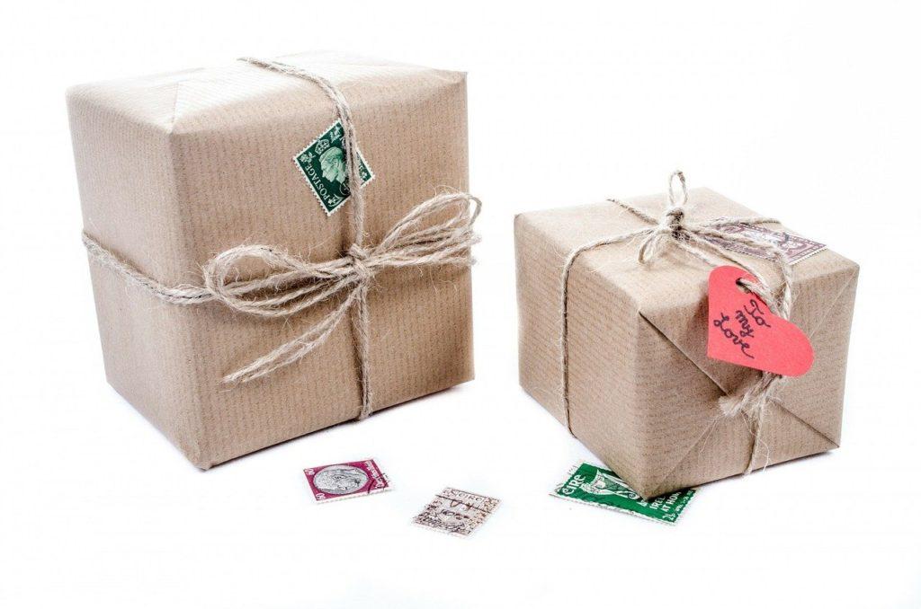 קופסאות ארוזות